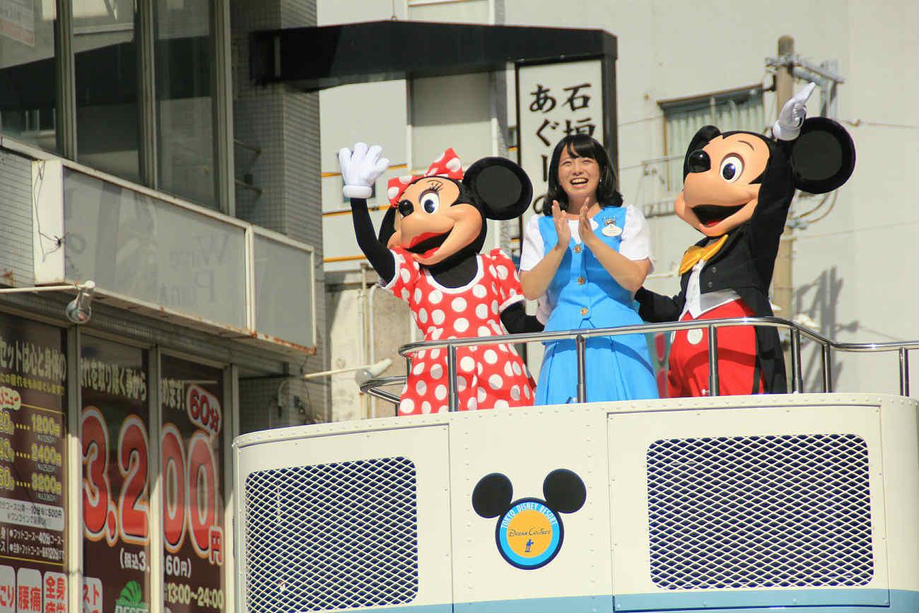 沖縄でミッキーたちに会ってきました!tdrスペシャルパレード2017参加