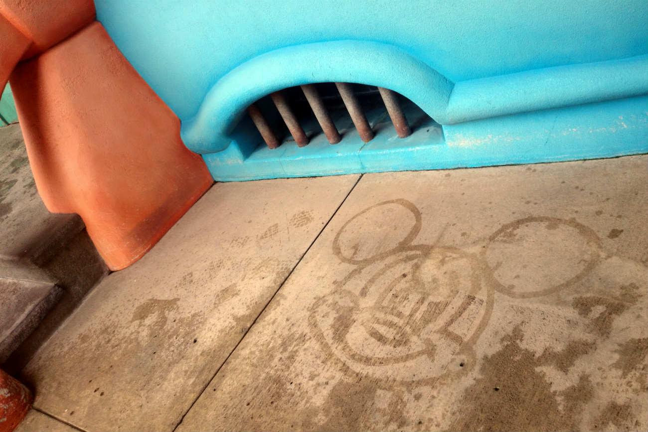 ミッキーの水絵 トゥーン