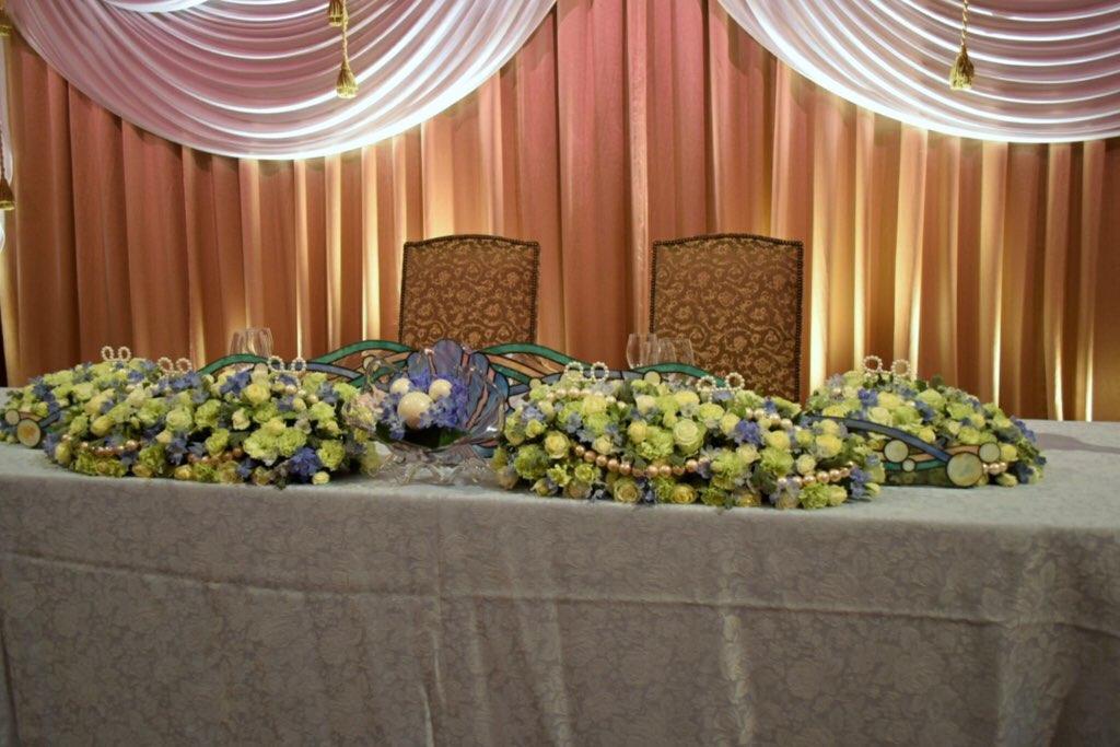 ディズニー結婚式の新郎新婦席