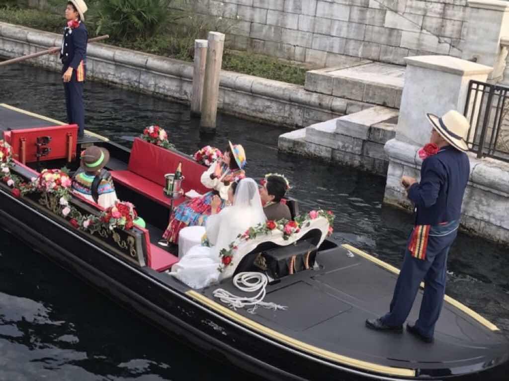 セレナータ・イン・ヴェネツィアン・ゴンドラとは? ミラコスタで結婚式