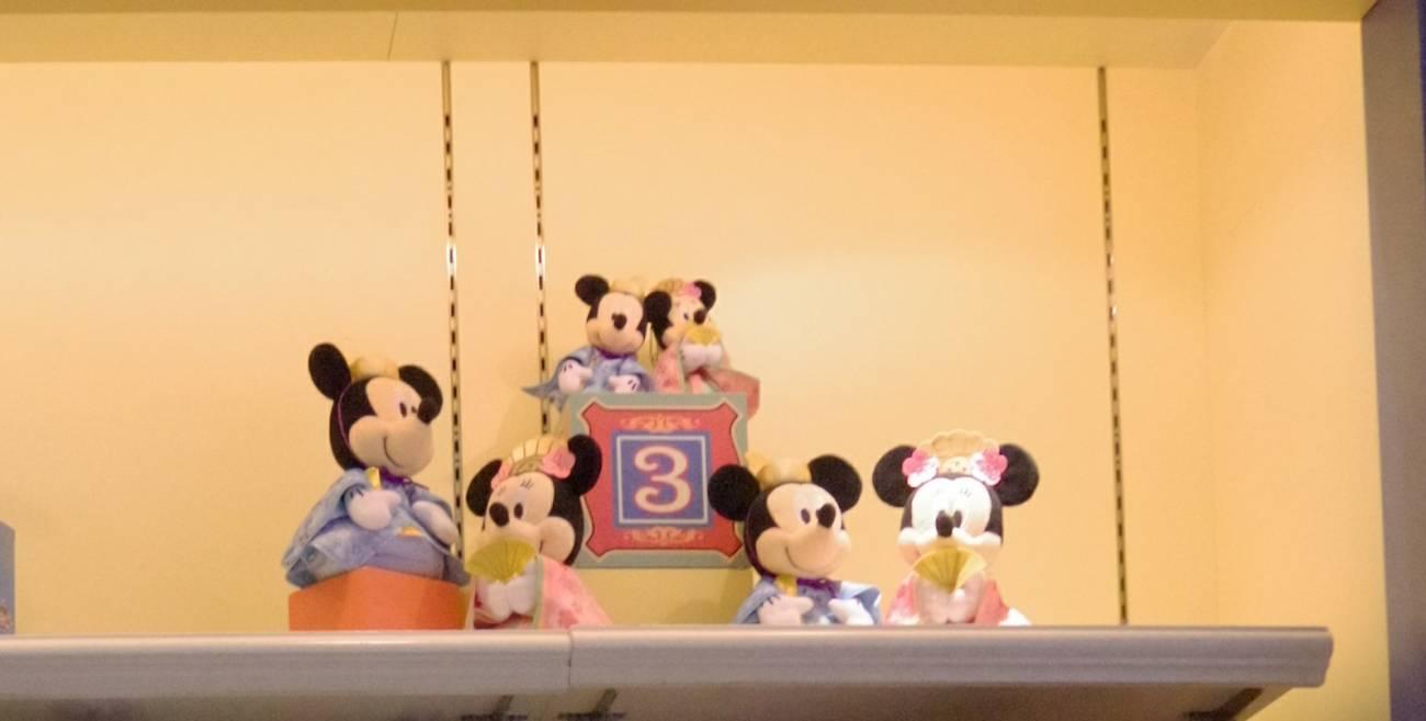ミッキーとミニーのひな祭りのぬいぐるみバッジ