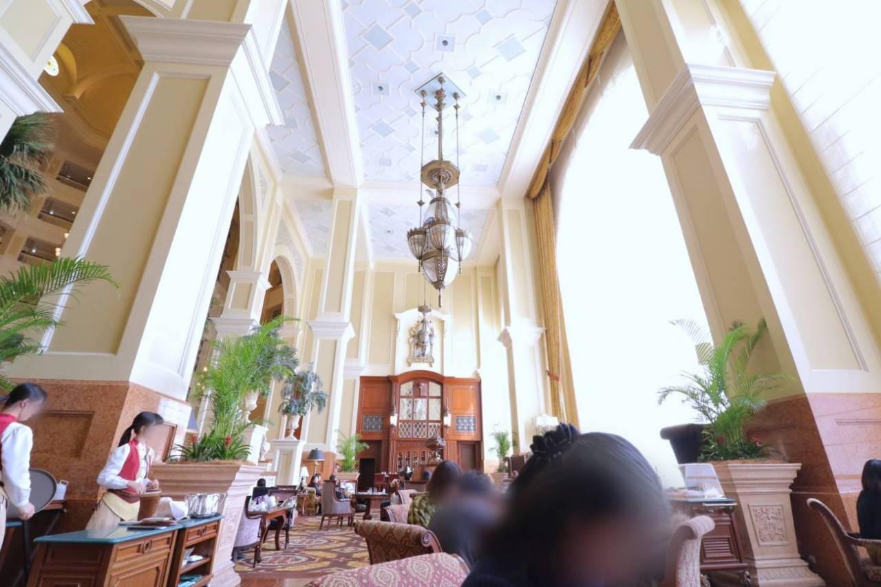 ディズニーランドホテルのドリーマーズラウンジ