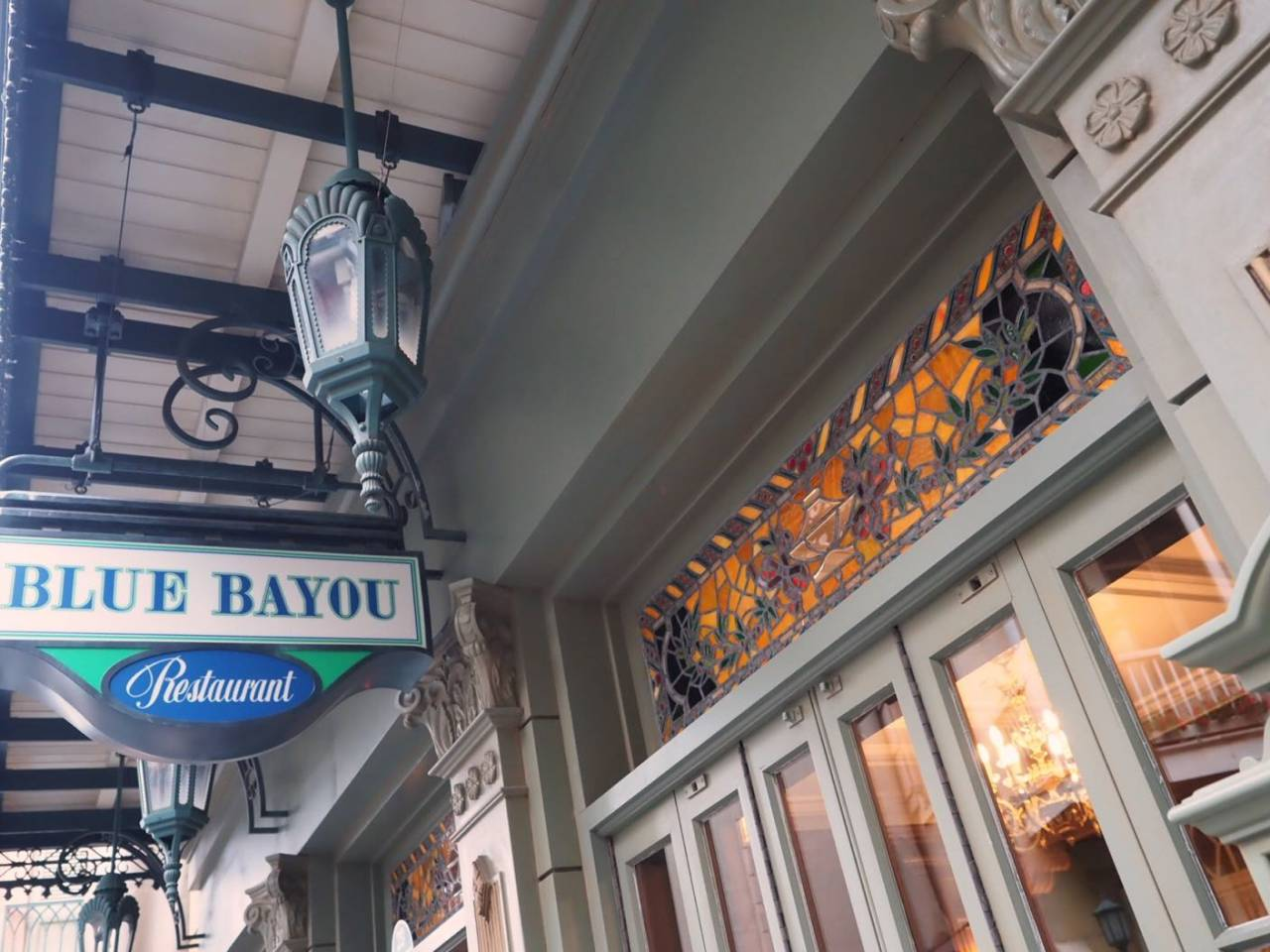 ディズニーランドのブルーバイユー・レストラン