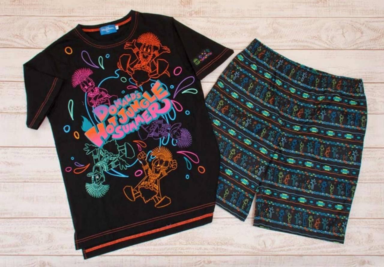ドナルドのホット・ジャングル・サマーのTシャツとハーフパンツ